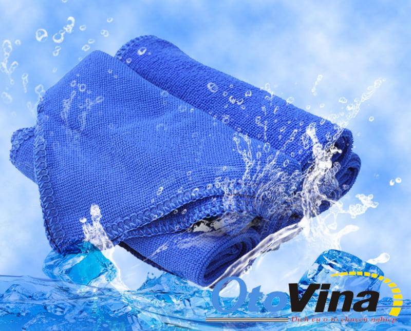 Ưu điểm và tính năng của khăn lau rửa ô tô