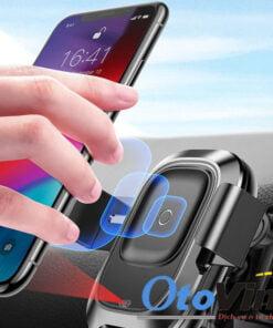 Giá đỡ điện thoại cảm biến hồng ngoại kiêm sạc điện thoại không dây trên ô tô thế hệ mới nhất của thương hiệu nổi tiếng Baseus