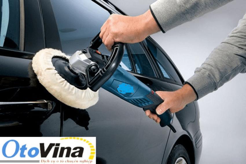 Phủ lên bề mặt 1 lớp Nano hoặc 1 lớp Ceramic để tăng cường độ sáng bóng và tuổi thọ cho lớp sơn xe ô tô